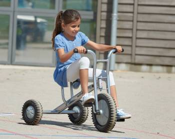 tricycle off road big with racing girl