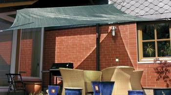 Awning permeable to water square in green