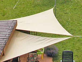 Awning permeable to water trangle beige