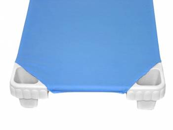 Fitted sheet for stackable children's bed