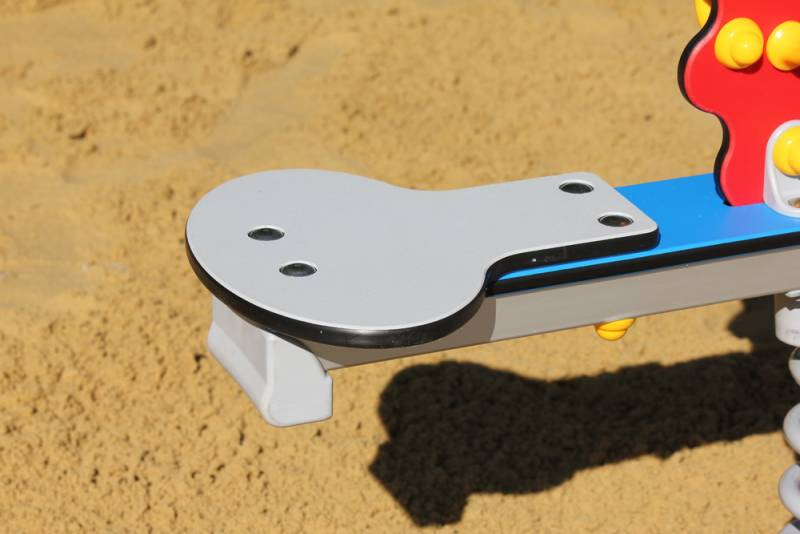 Seesaw-Sun detail special seat with anti-slip