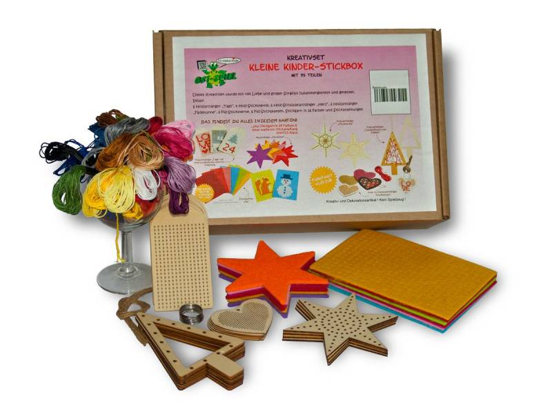 content from Creative set Little Kids Embroidery Box
