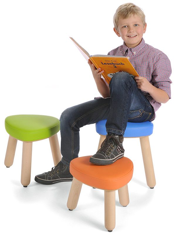 Upholstered stool Trinitas in 3 different seat heights with happy boy